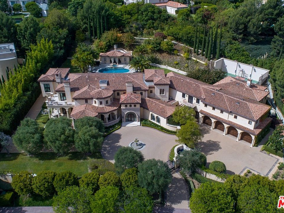 The 10 Most Stunning Gated Communities in America 16